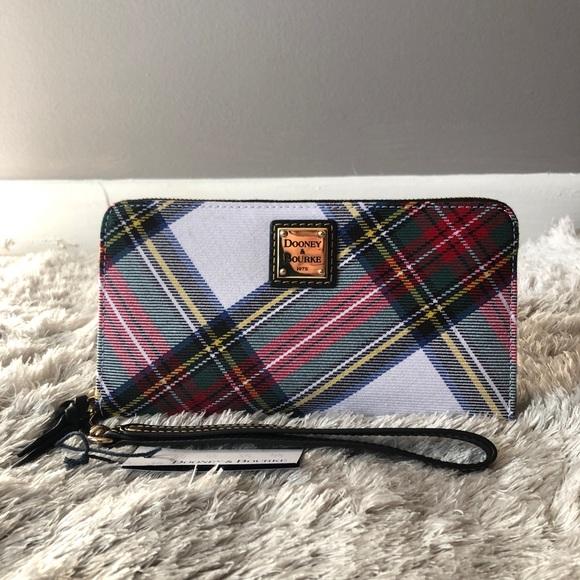 NWT Dooney & Bourke Tartan Wristlet/Wallet